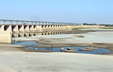 moonis-elahi-dams-on-the-neelum-and-chenab-river