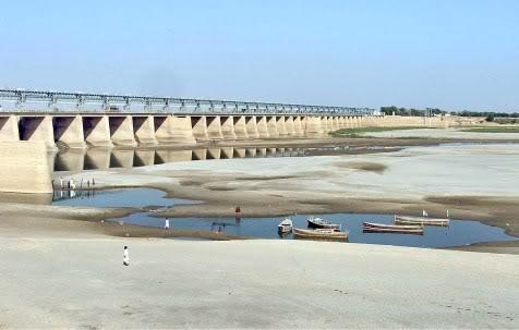 moonis-elahi-dams-on-the-neelum-and-chenab-river